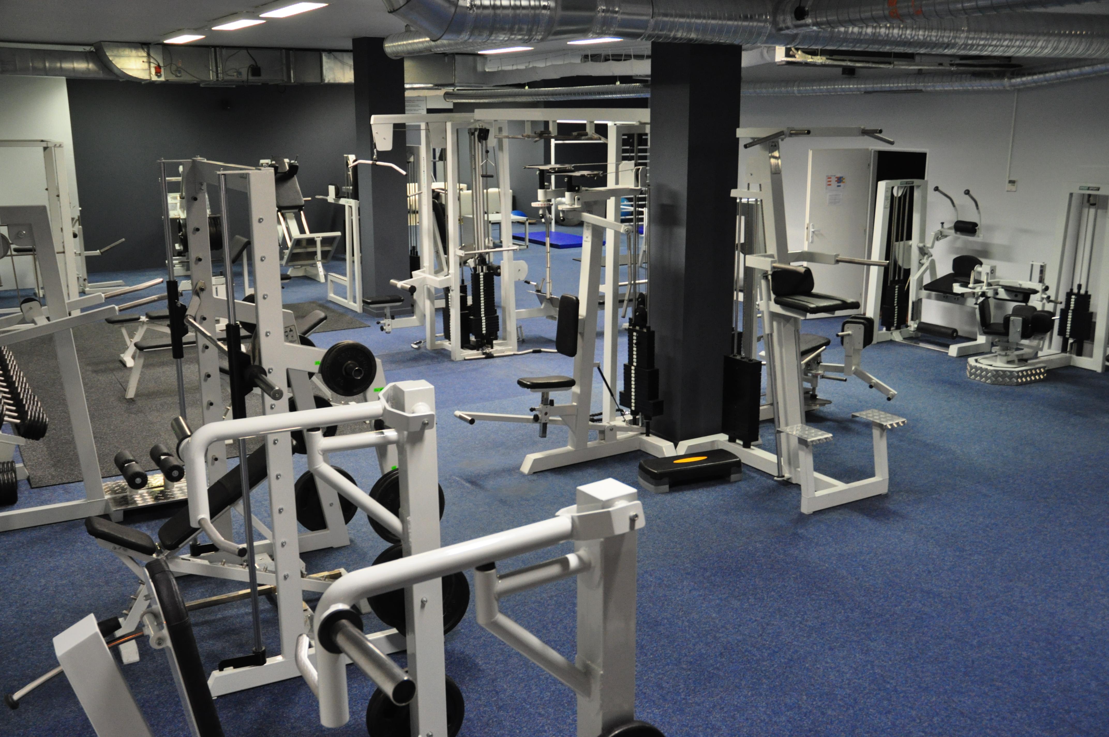 Najväčšie fitness centrum na sídlisku Juh v Trenčíne 35ade8c871a